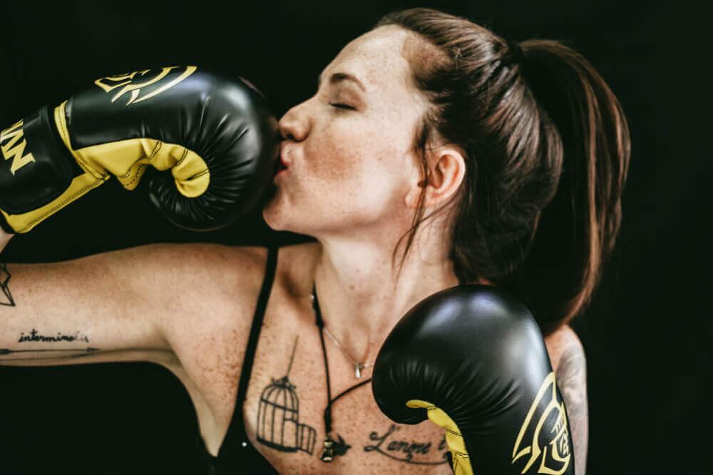 Девушка, бокс, перчатки