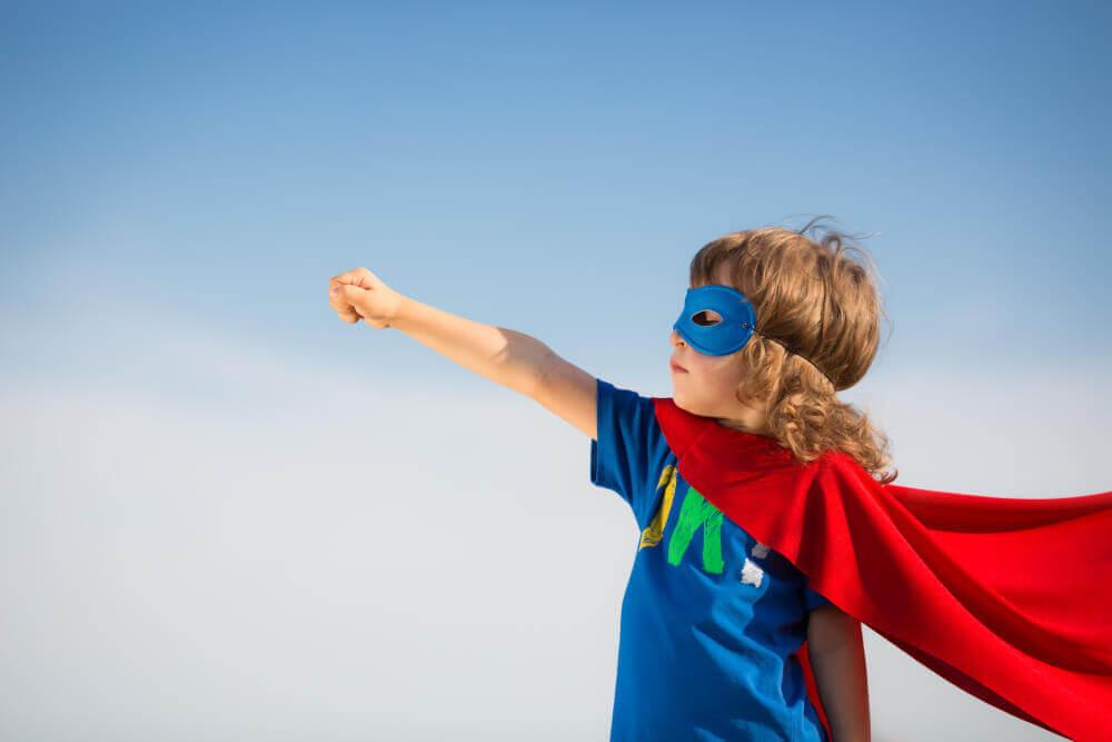 Как воспитать в ребенке положительного героя