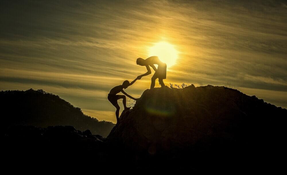 Командная работа: помощь и поддержка